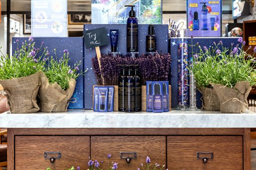 Instore design of Kiehl's