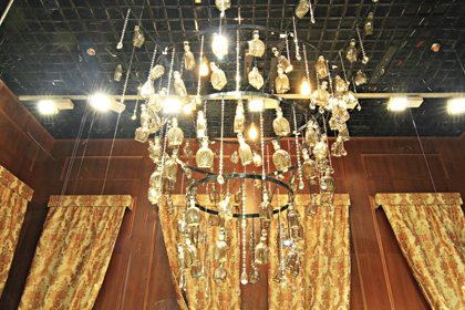 Close-up photo of the chandelier designed and built by Prop Studios for Al Rubaiyat