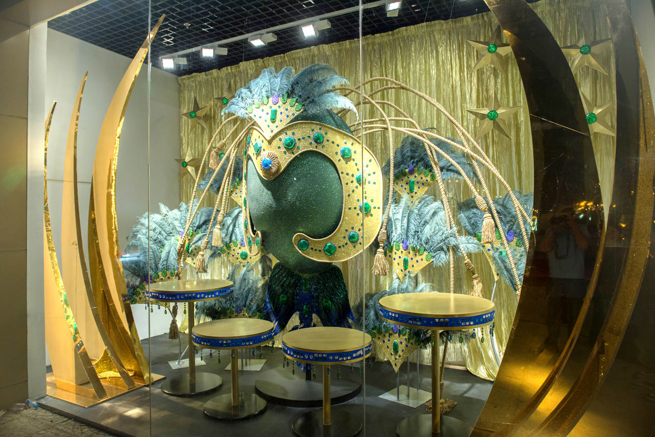 Exterior shot showing one of the four Prop Studios-designed window displays for Al Rubaiyat